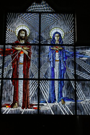 stained_glass_jesus_and_maria.jpg