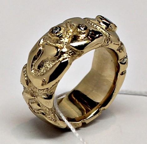 ring_gold_diamonds.jpg