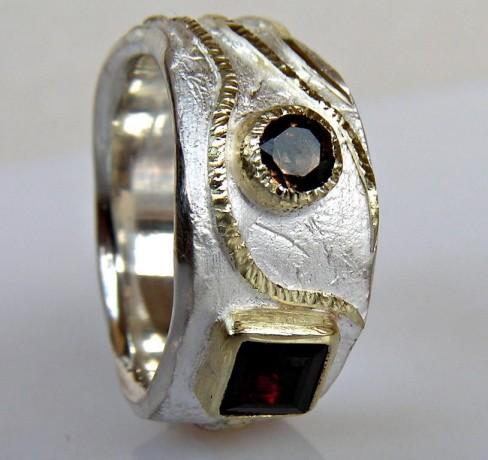 ring_silver_gold_garnet.jpg