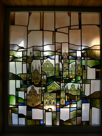 churchs-stained_glass.jpg