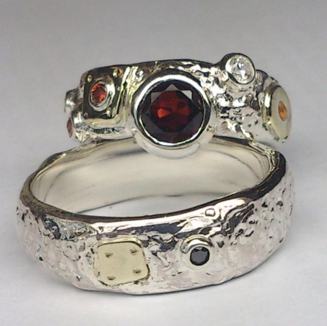 pavadinimas_wedding_rings_silver_gold_wedding_rings_made_from_silver_with_yellow_gold_details_garnet_smoky_quartz_and_black_diamond_380_euru.jpg